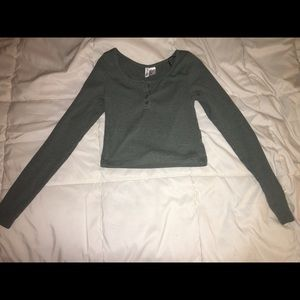 H&M olive green long sleeve cropped shirt